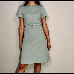 🌼NEW🌼 1960s belted sheath dress